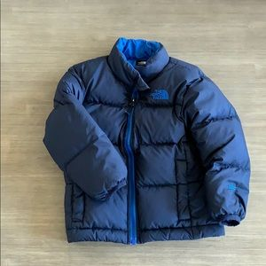 The North Face 3T blue puffer coat